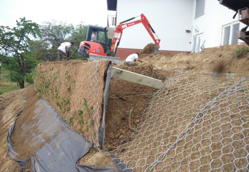 Vurberg – povečanje vrta in utrditev pobočja